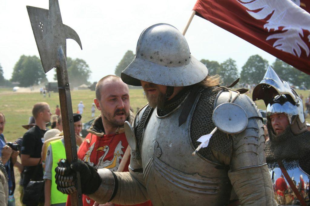 knight-246323_1280